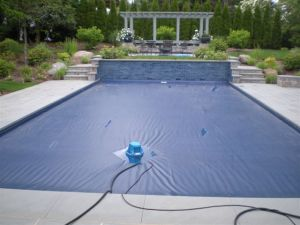how to close a pool for the winter
